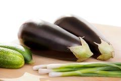 Gemüse auf hölzerner Oberfläche Stockfotografie