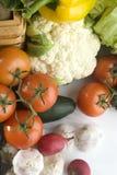 Gemüse auf weißer Tabelle Stockfotos