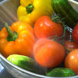 Gemüse, das gesprüht wird Lizenzfreie Stockbilder