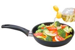 Gemüse in einer Bratpfanne Stockbild