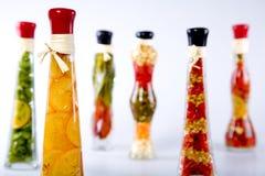Gemüse in einer Flasche stockbild