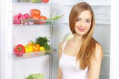 Gemüse im Kühlraum stockfotos