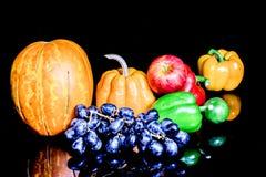 Gemüse, Kräuter und Frucht Lizenzfreies Stockfoto