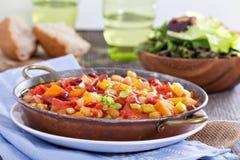 Gemüse und Bohneneintopfgericht Lizenzfreie Stockbilder