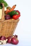 Gemüse und Korb Lizenzfreies Stockfoto