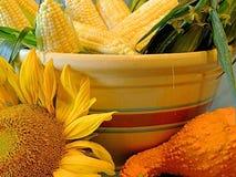 Gemüse und Sonnenblumen Lizenzfreies Stockbild