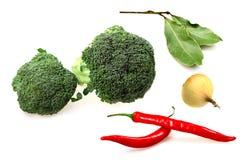 Gemüsebrokkoli, roter Pfeffer stockfoto