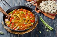Gemüseeintopfgericht mit Bohnen Lizenzfreie Stockfotos
