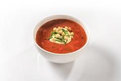 Gemüsepaprikasuppe mit Pfeffern und Sauerrahm Stockfotografie