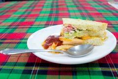 Gemüsesandwiche dienen mit gebratenem gutem Lebensmittel der Kartoffel und heilen Stockbilder