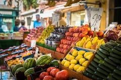 Gemüsestand am traditionellen Markt in Venedig lizenzfreie stockfotografie