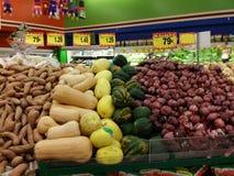 Gemüsetabelle Stockbilder