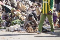 Gemüseverkäufer in Addis Ababa Stockbild