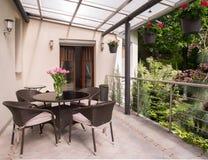Gemütlicher Balkon lizenzfreie stockfotografie