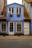 Gemütliches blaues Haus Lizenzfreie Stockfotos