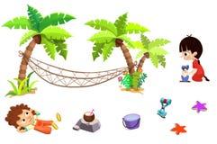 Gem Art Set: Sandstrandmaterial: Pojken flickan, palmträdet, hängmattan, sander, kokosnöt mjölkar, ösregnar, skyfflar etc. Arkivfoton