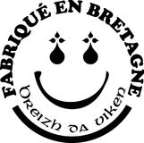 Gemaakt in Bretagne ` etiketteert vectormalplaatjes met tekens in Franse en Bretonse talen Royalty-vrije Stock Afbeelding