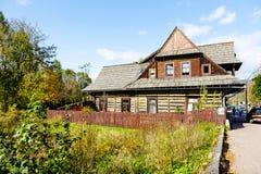 Gemacht vom hölzernen Landhaus Giewontowka in Zakopane Stockfotos