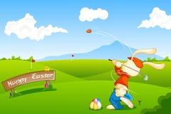 Het speelGolf van het konijntje met Paasei Royalty-vrije Stock Afbeeldingen