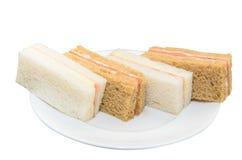 Gemakkelijke sandwich op witte geïsoleerde schijf Royalty-vrije Stock Foto's
