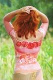 Gemalte Karosserienkunst des Mädchens rückseitig Stockbilder