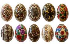 Gemalte rumänische Eier für Ostern getrennt Stockfotografie