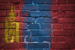 Gemalte Staatsflagge von Mongolei auf einer Backsteinmauer Lizenzfreie Stockbilder