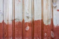Roter hölzerner Hintergrund Stockfotografie