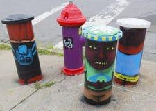 Gemalter Hydrant in Astoria-Abschnitt im Queens Stockfoto