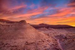 Gemalter Wüsten-Sonnenuntergang Stockbilder