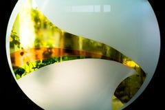 Gemaltes Glas Handgemachtes Arbeitsideal für abstrakte Hintergründe Stockfoto