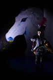 Gemaltes Pferd und alte Marionette Stockfoto