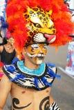 Gemaskeerde danser in een Columbiaanse fiesta Stock Afbeelding