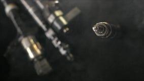 Gemeenschappelijke spoor diesel injecteur die werken niet stock videobeelden