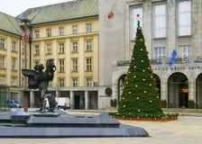 Gemeente Ostrava met Kerstmisboom stock fotografie