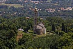 Gemeinde-Kirche von San Nicolao, Paroissiale de San Nicolao, Costa Verde, Korsika, Frankreich Stockbild