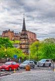 Gemeinde-Kirche von St- Cuthbert und Edinburgh-Schloss Stockbilder