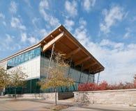 Gemeinschaftsswimmingpool-Gebäude Lizenzfreie Stockfotos