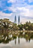 Gemella il grattacielo in Kuala Lumpur Immagine Stock