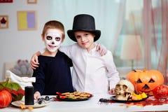 Gemelos de Halloween Imágenes de archivo libres de regalías