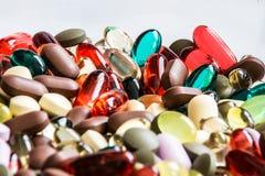 Gemengde capsules en tabletten 2 royalty-vrije stock foto