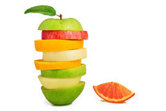 Gemengde fruitplakken, Verse Fruitsalade, Apple-peren oranje en groene appel royalty-vrije stock foto's