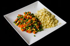 Gemengde groente en kouskoussalade Stock Foto