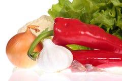 Gemengde groenten op witte lijst Royalty-vrije Stock Fotografie