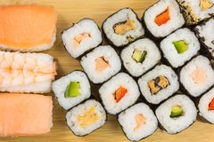 Gemengde sushibroodjes royalty-vrije stock foto's