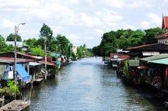 Gemenskap längs kanalen Royaltyfri Foto