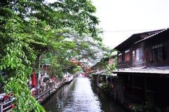 Gemenskap längs kanalen Royaltyfria Foton