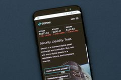 Free Gemini Company Webpage Displayed On The Smartphone Screen. Royalty Free Stock Photos - 127250508