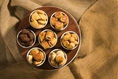 Gemischter brasilianischer Snack auf dem Tisch Lizenzfreie Stockbilder
