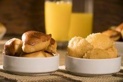 Gemischter brasilianischer Snack auf dem Tisch Lizenzfreie Stockfotografie